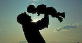 আসছে বাবা দিবসে বাবাকে চমকে দিন এই উপায়ে!