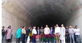 বান্দরবানে নির্মাণাধীন টানেল পরিদর্শন করলেন মন্ত্রী বীর বাহাদুর
